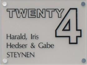 Acrylaat naamborden serie 3 en serie 4